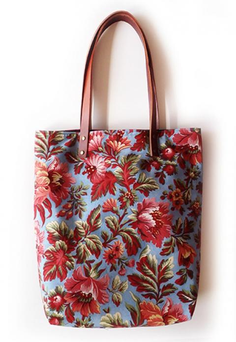 vattacukorhajulany - kék-piros virágos táska