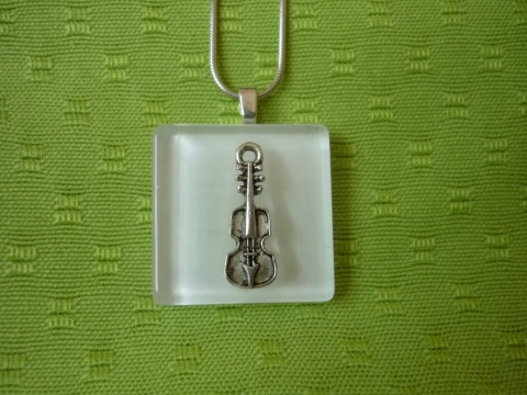 hangszeres medál