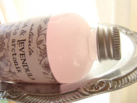 naturila - Rózsa-levendula tonik, Meska