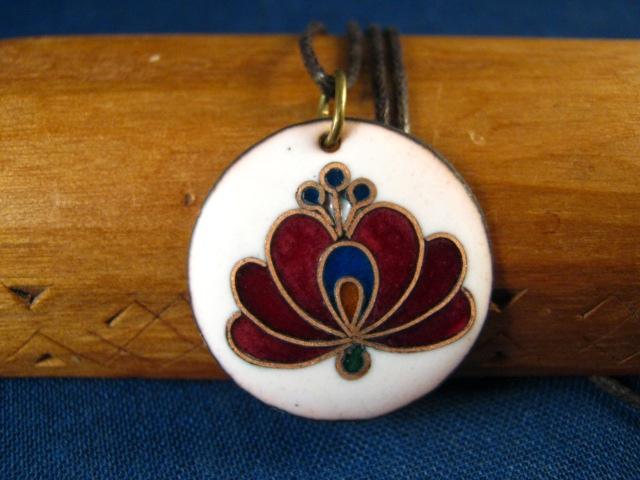 bmgabriella: Bíbor matyó rózsa