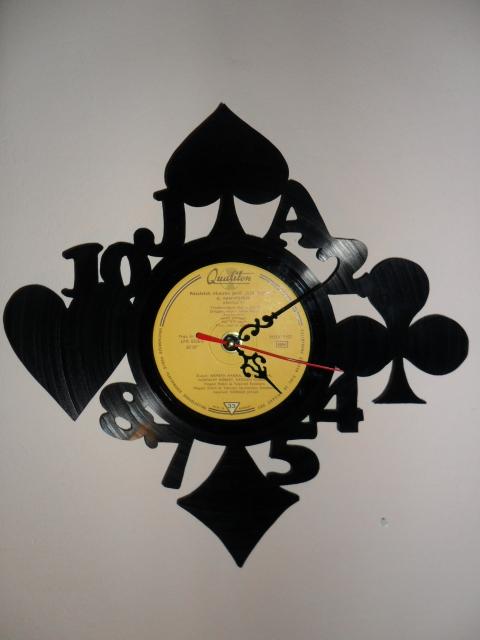 Norammmm - Póker bakelit lemez óra, Meska