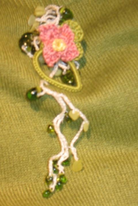 Jane Eyre - szerényen friss, zöld, virágos lánc (Bezsi) - Meska.hu