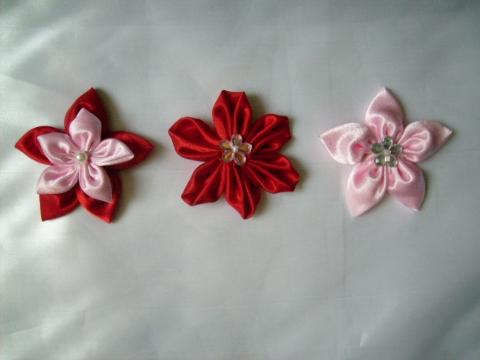 Cuki virágok, Otthon, lakberendezés, Hajbavaló, Hasonlóan a rózsáimhoz, a virágokat is elkészítem hajpántnak,hajguminak,csatnak,vagy kitűző..., Meska