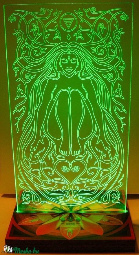 Színterápiás mandala lámpa