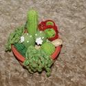 Kaktusz tál, Dekoráció, Otthon, lakberendezés, Horgolás, Kaktusz tál  P. J. kaktusz mintáiból csipegetve készítettem ezt a tálat. Aki szereti a növényeket, ..., Meska