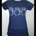 3 cica póló (L-es, sötétkék)), Ruha, divat, cipő, Női ruha, Felsőrész, póló, Mindenmás, Ezt a pólót 3 különböző hangulatú cica díszíti: egy vidám, egy tárgyilagos és egy szomorú, hogy mind..., Meska