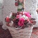 KERTÉSZLÁNY, asztaldísz, dísz, Dekoráció, Otthon, lakberendezés, Dísz, Kaspó, virágtartó, váza, korsó, cserép, Virágkötés, Egyedi asztaldíszt készítettem. A kaspót kibéleltem száraz tűzőhabbal, majd beleállítottam a kis ke..., Meska