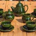 Mohazöld kávés készlet, Konyhafelszerelés, Otthon, lakberendezés, Bögre, csésze, Kancsó , Kerámia, A kanna 9 dl-es a csészék 2 dl-esek. Vörösre égő agyagból korongoztam őket és zöld, ólmot nem tarta..., Meska