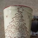 Karácsonyi bögre elegáns, Konyhafelszerelés, Bögre, csésze, Festészet, Kerámia, Finoman ünnepélyes...elegáns karácsonyfa, visszafogott, mégis ünnepélyes!  A karácsonyi asztal mélt..., Meska