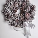 Karácsonyi Koszorú, Mindenmás, Mindenmás,    15 cm es szalma koszorú alapra készítettem ezt az ajtódíszt.   Elkészült mérete:25x45 cm   Gyöng..., Meska