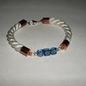 Fehér színű kötél karkötő, kék gyöngyökkel díszítve, rosegold végzáróval, Ékszer, óra, Karkötő, , Meska