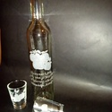 vegyesgyümölcsös pálinkás üveg 2 db pohárral , Férfiaknak, Horgászat, vadászat, Sör, bor, pálinka, Vőlegényes, Üvegművészet, Fél literes pálinkás üveg 2 db 5 cl-es pohárral. Azonos gyümölcs mintával,szöveggel, névnapra, szül..., Meska