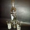 szőlős pálinkás üveg 2 db pohárral , Férfiaknak, Horgászat, vadászat, Sör, bor, pálinka, Vőlegényes, Üvegművészet, Fél literes pálinkás üveg 2 db pohárral. Azonos gyümölcs mintával. szöveggel, névnapra szánt ajándé..., Meska