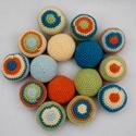 """Színes kövek, Baba-mama-gyerek, Játék, Készségfejlesztő játék, Logikai játék, Horgolás, Varrás, Saját tervezésű horgolt fejlesztő játék.   A játék 5 egyszínű és 10 színes """"kavicsból"""" áll. A színe..., Meska"""