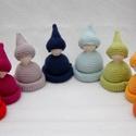 Manók, Baba-mama-gyerek, Játék, Készségfejlesztő játék, Játékfigura, Baba-és bábkészítés, Horgolás, Saját tervezésű, 8 színes manó figurából és hozzá tartozó feladatkártyákból álló fejlesztő játék, m..., Meska