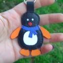 Bőr pingvin kulcstartó,táskadísz bőrkulcstartó, Mindenmás, Ékszer, óra, Táska, Kulcstartó, Varrás, Bőrművesség, Valódi,középvastag marhabőrből készültek ezek az aranyos kis pingvinek. Saját tervezés és kivitelezé..., Meska