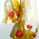Piros és sárga tulipánok selyemsál, Ruha, divat, cipő, Női ruha, Kendő, sál, sapka, kesztyű, Sál, Selyemfestés, Piros és sárga tulipánok nyílnak ezen a kézzel festett hernyóselyem sálon.  Igazi tavaszi pihe-puha..., Meska