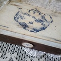 Teafilter tartó, Konyhafelszerelés, Bútor, Otthon, lakberendezés, Fűszertartó, Decoupage, szalvétatechnika, Mérete: 24x16 cm. Teteje decoupage, elején dombor fa minta. Kék-fehér. Hat rekeszes. , Meska