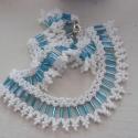 Kék - fehér nyaklánc, Ékszer, óra, Nyaklánc, Gyöngyfűzés, Klasszikus népi minta, nem a klasszikus színekben :) Kék-fehér japán gyöngyökből készítettem el ezt..., Meska