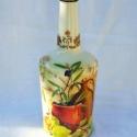 Dekoratív, olíva-gyümölcsmintás italos üveg, dombormintával !, Férfiaknak, Otthon, lakberendezés, Konyhafelszerelés, Kancsó , Decoupage, szalvétatechnika, Dekoratív, olíva-gyümölcsmintás  italos üveg, (pálinkának vagy bármilyen más italfélének!) Igényes, ..., Meska
