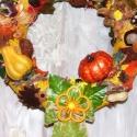 Őszi, termésekkel  tarkított kopogtató, ajtóra vagy falra!, Otthon, lakberendezés, Dekoráció, Kaspó, virágtartó, váza, korsó, cserép, Utcatábla, névtábla, Virágkötés, Őszi, termésekkel, díszekkel tarkított kopogtató, szalmakoszorú alapra! Akár ajtóra akár falra felt..., Meska