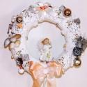 Angyalkás kopogtató, ajtóra vagy falra!, Dekoráció, Ünnepi dekoráció, Karácsonyi, adventi apróságok, Karácsonyi dekoráció, Virágkötés, Bájos, angyalkás kopogtató, termésekkel, díszekkel dekorálva, csipkés szalmakoszorú alapra!  Akár a..., Meska