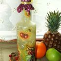 Gyümölcsmintás üveg, házi szörpnek, házi pálinkának! , Konyhafelszerelés, Otthon, lakberendezés, Bögre, csésze, Kancsó , Decoupage, szalvétatechnika, Gyümölcsmintás üveg, házi szörpnek, házi pálinkának...! Igényes, szép kidolgozással, csipkepapírral..., Meska