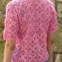 Rózsaszín horgolt patchwork kardigán, Ruha, divat, cipő, Női ruha, Felsőrész, póló, Horgolás, Rózsaszín horgolt patchwork kardigán Vidám, rózsaszín gombos kardigán patchwork négyzetekből horgol..., Meska