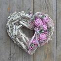 Szívesen - ajtódísz, Dekoráció, Otthon, lakberendezés, Horgolás, Virágkötés, Kedves, bájos, szív formájú ajtódísz.  Először készítettem egy szív formájú koszorú alapot, amit va..., Meska