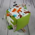Erdei állatok - babakocka, Baba-mama-gyerek, Játék, Készségfejlesztő játék, Varrás, Készségfejlesztő kockajáték babáknak.  A kocka éleibe szalagokat varrtam. A kicsik szeretnek a címk..., Meska