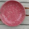 Apacuka ceramics bőrfüles nagy kínáló, Dekoráció, Konyhafelszerelés, Kerámia, Apacuka ceramics bőrfüles nagy kínáló tál. A fülek levehetőek és a tányér mosogatógépben mosható és..., Meska