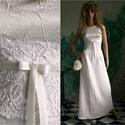 ORIANA - menyasszonyi ruha, Esküvő, Ruha, divat, cipő, Menyasszonyi ruha, Esküvői ruha, Varrás, Gyűrt düseszből készült klasszikus vonalú menyasszonyi ruha, zárt nyakkal és kissé befelé ívelő ujj..., Meska