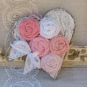 Romantikus  fa szív ajtódísz, Dekoráció, Mindenmás, Otthon, lakberendezés, Dísz, Famegmunkálás, 16 cm magas és 8mm vastag fa szívem antikolt, romantikus , rózsaszín színvilágban készült vászon ró..., Meska