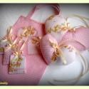Levendulás babacsomag (ajándékcsomag levendulás illatosítókkal kistáskában), Baba-mama-gyerek, Baba-mama kellék, Gyerekszoba, Tárolóeszköz - gyerekszobába, Varrás, Rózsaszín alapon fehér pöttyös és macimintás pamutvászonból készült babagarnitúra,melynek részei: -3..., Meska
