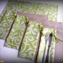 4 személyes tányéralátét szett kis terítővel (almazöld-fehér, zsákvászon-bútorszövet)), Otthon, lakberendezés, Konyhafelszerelés, Edényalátét, Varrás, 4 darab tányéralátét és egy azonos anyagból készült, asztalközépre helyezhető kis terítő friss tava..., Meska