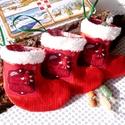 3 darab mini mikulás csizmácska (sapis madárkás), Dekoráció, Karácsonyi, adventi apróságok, Ünnepi dekoráció, Ajándékzsák, Karácsonyi dekoráció, Varrás, A 10000 Ft feletti ingyen postázás nem vonatkozik minden termékre!!! Kérlek olvasd el ezzel kapcsol..., Meska