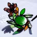 Őszirózsa   tiffany gyertyatartó, mécsestartó, asztaldísz, Otthon, lakberendezés, Dekoráció, Gyertya, mécses, gyertyatartó, Dísz, Üvegművészet, Különböző zöld és borostyán színű üvegekből vágtam és csiszoltam levél formákat és hozzá a virágot ..., Meska