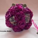 Ékszercsokor, Esküvő, Esküvői csokor, Hajdísz, ruhadísz, Virágkötés, Varrás, Ezt a lila bross csokrot lila selyemböl keszitettem,,,kb 40 db rozsábol kerekedik csokorrá....a haj..., Meska