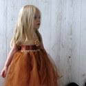 Tüll kislányruha és fejpánt , barna, Ruha, divat, cipő, Gyerekruha, Kisgyerek (1-4 év), Horgolás, Varrás, Horgolt mellrésszel , áttört csipkemintával készült barna-drapp tüllruha -6 hónapos kortól- 6 éves ..., Meska
