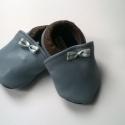 Babacipő, Baba-mama-gyerek, Ruha, divat, cipő, Cipő, papucs, Gyerekruha, Bőrművesség, Pihe-puha bőr babacipő.Unisex. A tiszta bőr cipő, egyaránt használható kocsicipőként illetve beltér..., Meska