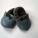 Babacipő, Baba-mama-gyerek, Ruha, divat, cipő, Gyerekruha, Baba (0-1év), Bőrművesség, Pihe-puha bőr babacipő. Unisex. A tiszta bőr cipő, egyaránt használható kocsicipőként illetve belté..., Meska