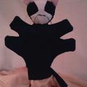 fekete cica, Baba-mama-gyerek, Baba-és bábkészítés, Népi játék és hangszerkészítés, plüssből készül 3 éves kortól ajánlott, Meska