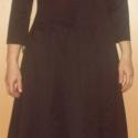Háromnegyedes ujjú fekete ruha, piros flitter díszítéssel, Ruha, divat, cipő, Női ruha, Ruha, Varrás, Rendkívül csinos, jó minőségű, angol szövetből készült, mell alatt vágott ruha.  Felső része átkötő..., Meska