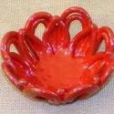 Piros asztali díszkosár , Dekoráció, Otthon, lakberendezés, Dísz, Kerámia, Különleges egyedi piros asztali díszkosár.  Gyertyatartó : kb.16-17 cm   Szállítási és fizetési inf..., Meska