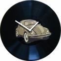 Bakelit Óra Volkswagen Bogár - MarNemSoul Collection, Dekoráció, Otthon, lakberendezés, Férfiaknak, Falióra, Festészet, Újrahasznosított alapanyagból készült termékek, Régi, nem használatos bakelitlemezből készítettem. A festmény rajta street art stílusú, stencil-tec..., Meska