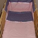 Kék-rózsaszín babaágynemű, Baba-mama-gyerek, Baba-mama kellék, Gyerekszoba, Falvédő, takaró, Varrás, 3 részes babaszett. 100 % pamutból. Belül vatelin. Méretek:kb. takaró 90x110 cm, rácsvédő 150x35 cm,..., Meska