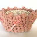 Vintage rózsaszín horgolt kosár, Dekoráció, Otthon, lakberendezés, Dísz, Kaspó, virágtartó, váza, korsó, cserép, Horgolás, Tavaszi horgolt kosárka a húsvéti asztal dísze lesz! Lehet tenni bele virágot vagy épp a szépen meg..., Meska