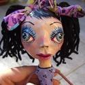 Linda baba / papírmasé-textil, Otthon, lakberendezés, Képzőművészet, Dekoráció, Dísz, Baba-és bábkészítés, Újrahasznosított alapanyagból készült termékek, Linda baba / papírmasé-textil  Ez a baba egyedi és különleges (OOAK), mert feje (törzse, kézfeje és..., Meska