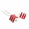 LEFOGLALVA!!! Kerámia fülbevaló - piros kocka, Ékszer, óra, Fülbevaló, Ékszerkészítés, Kerámia, LEFOGLALVA!!! Saját tervezésű és kivitelezésű kerámia fülbevaló.  Az ékszert azoknak ajánlom, akik ..., Meska