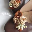 Arany-barna vintage cipőklipsz, Esküvő, Ruha, divat, cipő, Cipő, cipőklipsz, Cipő, papucs, Varrás, Van egy egyszerű, de igazán kényelmes cipőd, de nem tudod, hogyan tedd különlegessé? Erre való a ci..., Meska